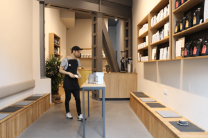 Your walking guide to specialty coffee in Berlin Kreuzberg_refinery retail store_store view