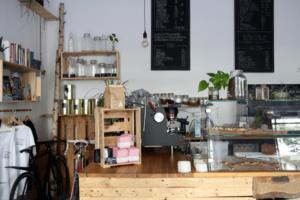 Your walking guide to specialty coffee in Berlin Kreuzberg_black sheep_counter menu