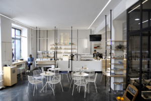 Your walking guide to specialty coffee in Berlin Kreuzberg part 2_the visit_counter view