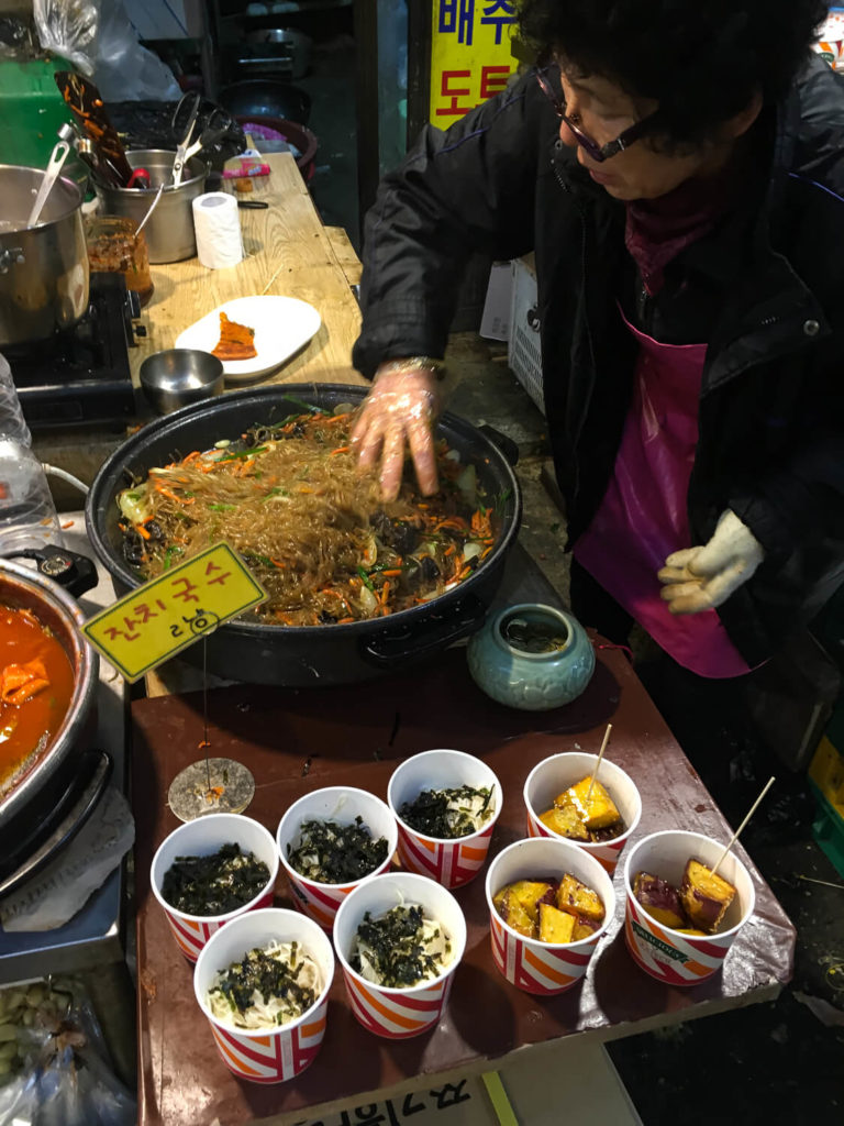 Specialty Coffee in Seoul_Tongin market_delicious noodles
