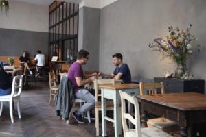 Your walking guide to specialty coffee in Berlin Kreuzberg_kaffee 9_cafe view