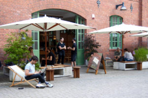 Your walking guide to specialty coffee in Berlin Kreuzberg part 2_bonanza_courtyard