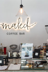 mels-coffee-travels-signature-drinks-chiang-mai-maled-coffee-counter
